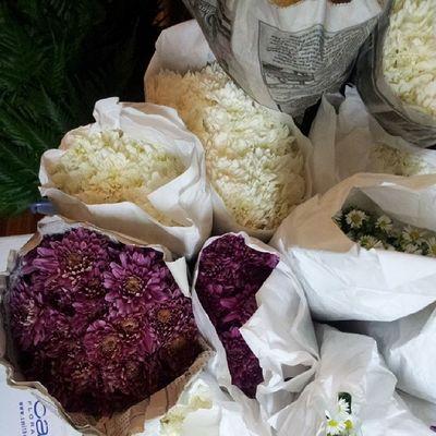 Of fresh flowers again :) Nurulamarwedding