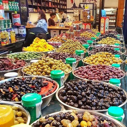 оливки маслины вкусно средиземноморское саронамаркет olive yummy food sarona saronamarket tlv myisrael instaisrael instaphoto instagram_israel insta_israel instagram_israel_ ig_israel israelfood israeli_kitchen