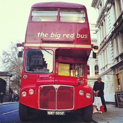#routemaster #londonbus #redbus #london #seelondon #retro #vintage #wedding Wedding Vintage London Retro Londonbus Routemaster Seelondon Redbus