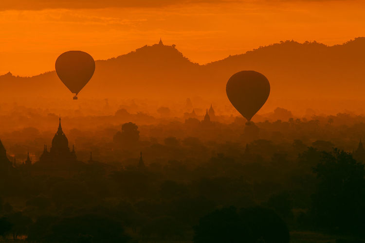 HOT AIR BALLOONS IN MYANMAR AT SUNSET