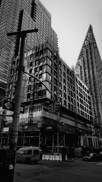 Black And White Black And White Photography Building Construction Building Photography Building Exterior Outdoors NYC Photography USA Walking Around Smartphone Photography NYC Built Structure Architecture Mobile Photography Mobilephotography Welcome To Black