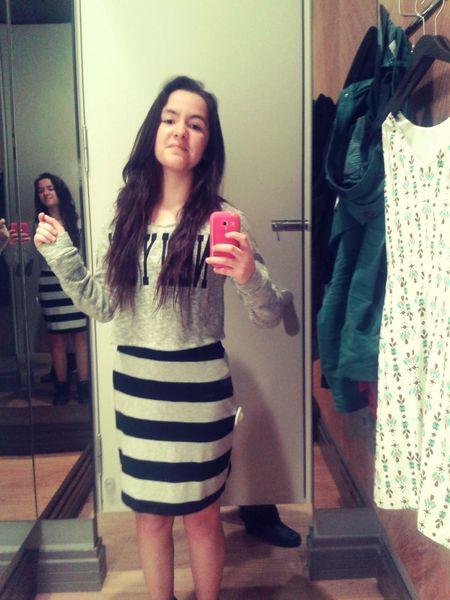 bu elbiseyi istiyorummm :)) Neguzelbiseymis Siyahbeyazhayat
