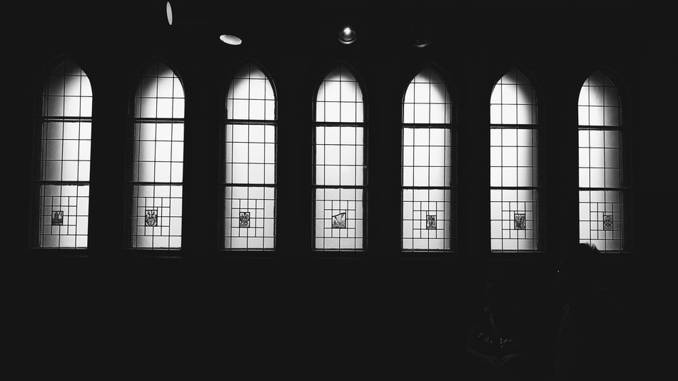 Monochrome VSCO Vscocam Light And Shadow Mobilephotography Eye4photography  Blackandwhite Black & White Blacknwhite Black And White Still Life Window Indoors  Dark Silhouette Architecture