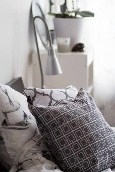 Home Decoration  Light Absence Bed Bed Room Close-up Clothing Domestic Bathroom Domestic Life Domestic Room Focus On Foreground Furniture Home Home Interior Indoors  No People Selective Focus Still Life Textile White And Grey White Color