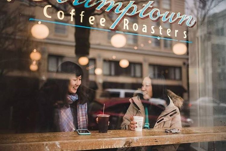 Friend from overseas :) Portlandphotographer Stumptown Stumptowncoffee Portland PNW Coffee