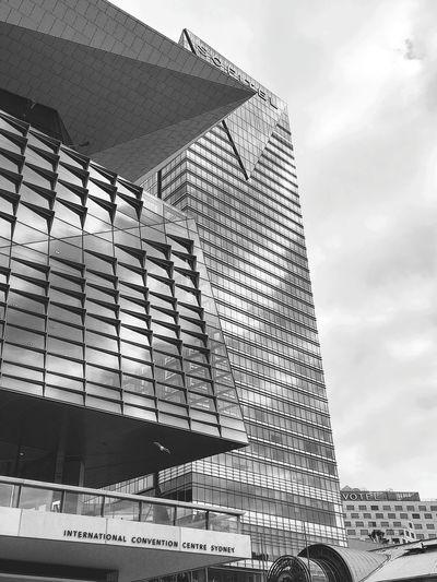 Sydney Architecture Façade Glass Reflection Curtain Wall Tourism Outdoors Outdoor Photography Sydney Sydney, Australia Australia Blackandwhite Photography Daylight Outdoor Photography Harbour Blackandwhite Black And White Black & White Modern Architecture Tall - High Tower Urban Skyline Cityscape Office Building Exterior The Architect - 2018 EyeEm Awards Architectural Feature Skyline Architectural Design