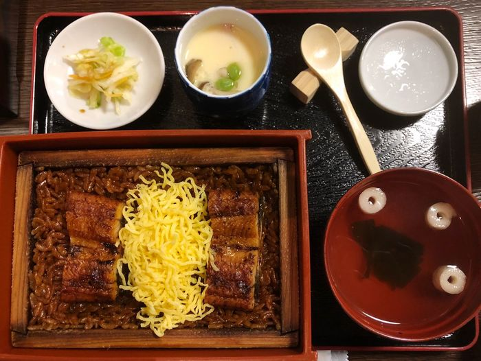 ゆいちゃんと鰻 Lunch Time! Lunch Yumyum( ˙༥˙ ) Yummy Food Food And Drink Table Indoors  Asian Food Ready-to-eat