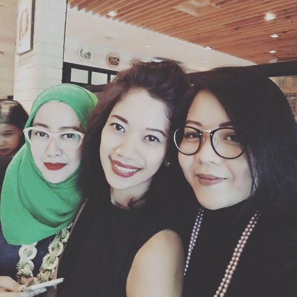 Arisan 4 - 2017, at Kedai Kopi Tenong, Cipete Raya. Friends By ITag Arisan IMCH By ITag Arisan Ex IMLC's MOMs By ITag Arisan 4/17 By ITag ImpressiveMindsMoms