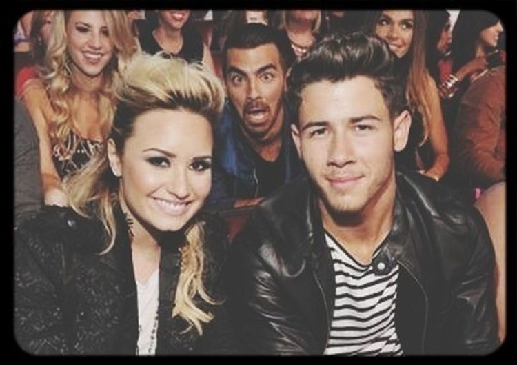Demi Lovato Joe Jonas Nick Jonas