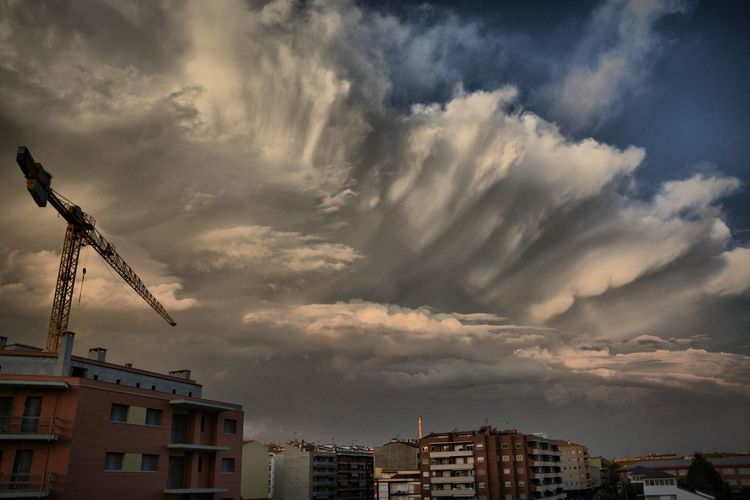 Nikon OpenEdit La Noguera Balaguer Lleida Nature Sky Storm Cloud Storm Catalunya Catalunyaexperience City Cityscape Urban Skyline Sky Dramatic Sky Residential Structure Atmospheric Mood Meteorology Sky Only