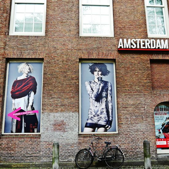 Dresscode : fresher than you 😁Text Architecture Built Structure Facade Detail Artgallery Façadeporn Wellplacedbike Streetphotographer Sidewalk Discoveries Portrait Posterart Exhibition Arts Culture And Entertainment Amsterdamlife Amsterdamcity Amsterdamthroughmycamera Brick Wall Fashionblogger Fashionphotography Fashion Model Ann Demeulemeester EyeEm Selects