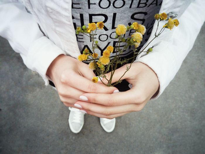 The Essence Of Summer Summer Views Women Around The World Long Goodbye Resist