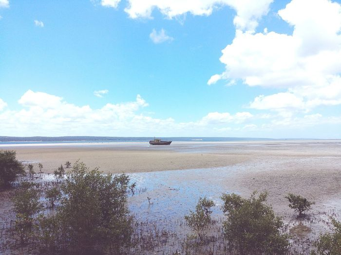 The Boat Mozambique 2018 Inhambane Water Sea Beach Sand Blue Sky Horizon Over Water Cloud - Sky