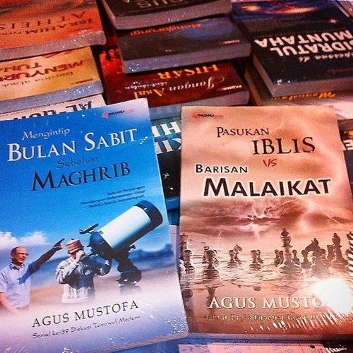 Buku Baru Agus Mustofa, pemesanan hub 022-91110183 / 087821021113 BB: 328DE348 Bukubestseller Buku