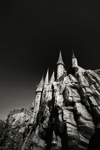 Wizard World. My USA Journey Castle MOVIE Harry Potter Harry Potter Blackandwhite Black And White Black & White Upwards View USA USAtrip California California Dreamin Building Building Exterior Travel Traveling Travel Photography Theme Park Universal Studios  Architecture Buildings & Sky EyeEm Best Shots EyeEmNewHere EyeEm Nature Lover EyeEm Selects EyeEm EyeEm Gallery EyeEmBestPics Eyeemphotography EyeEm Best Shots - Black + White EyeEm Masterclass Travel Destinations Calm Tranquility Tranquil Scene B&w Sky And Clouds B&w Photography EyeEmbestshots Wall Wall - Building Feature Sky Historic Building Exterior 17.62° My Best Photo