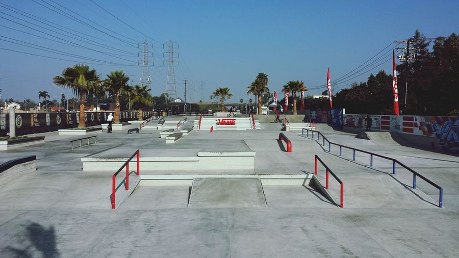 Beautiful Skatepark in California I took on a trip a but ago. Hanging Out Hello World Relaxing California Dreaming California Bmxporn Bmx  Vans Vans Off The Wall