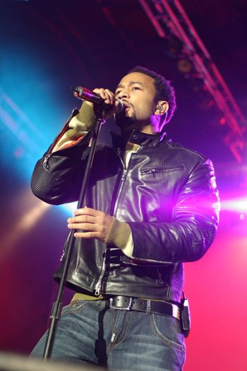 (October 29, 2005) Artist John Legend performs at Fedex Field. Fedex Field John Legend Music One Person Arts Culture And Entertainment Input Device Young Adult Musician Casual Clothing Singing Performance Microphone Night Three Quarter Length
