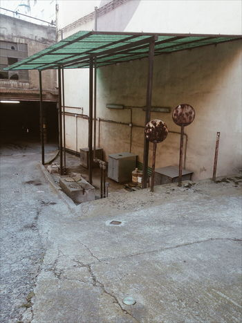 Patio of a garage in Bilbao Absence Architecture Building Built Structure Day Deterioration Empty Garbage No People Obsolete Old Outdoors Patio Run-down