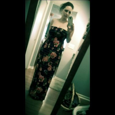 Stopdropandselfie in an ugly dress of course! Lol but I do it all for the gorgeous @donmahogany ♡