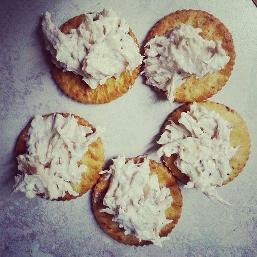 BBQ Chicken, Cream cheese, pepper, salt, roasted pepper ritz crackers! Kleankitchen Anewyoustartshere Eattolose