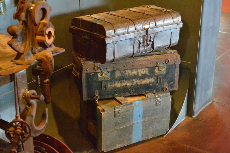 Brown Colored Close-up Indoors  Metal No People Old Decoration Rusty Stuffed Suitcases Vintage Vintage Decor EyeEmNewHere