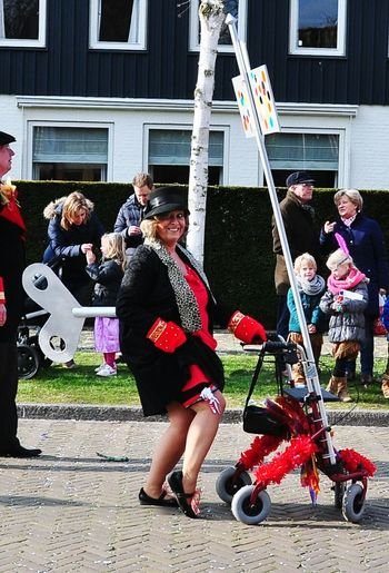 Colors Of Carnival Carnaval Helmond Brabant opwindende oma Colour Of Life