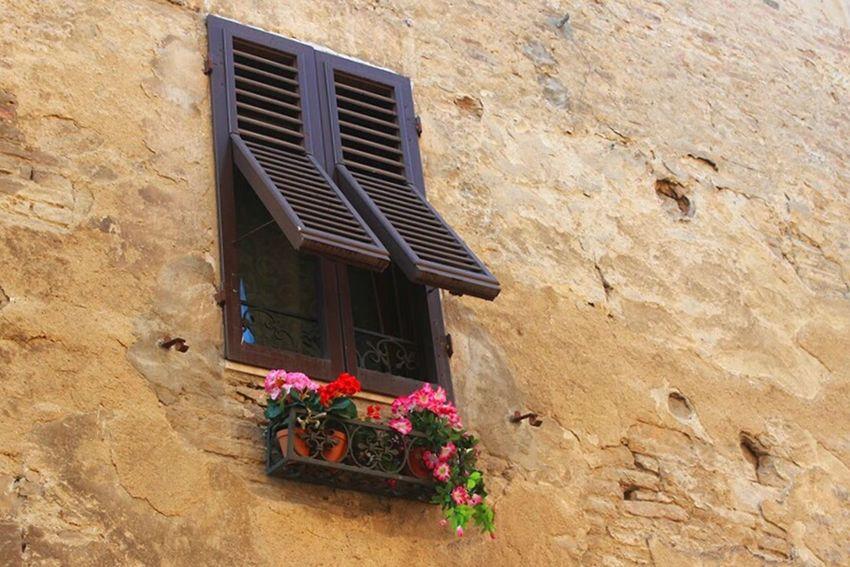 Tuscany Traveling Italy Window Arquitecture Sangimignano