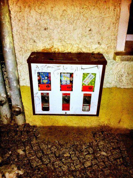 Kaugummiautomaten at Oberschöneweide Kaugummiautomaten
