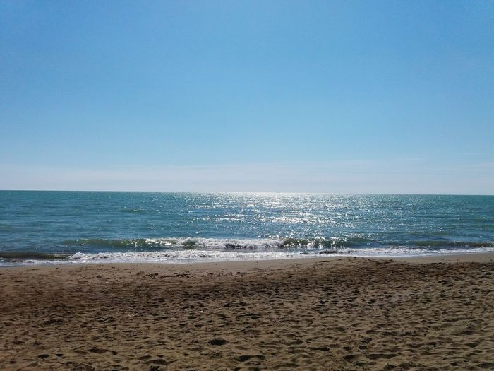 Easy Beach View Beach Sea Sand Horizon Over Water Day Water EyeEmNewHere Sommergefühle Colour Your Horizn