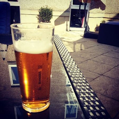 A nice cold Tennents Lager on a lovely Eastermonday Holiday . pint beer glasgow scotland airth castle