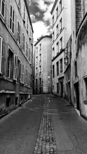 Architecture Travelphotography No People Black&white France🇫🇷 Metz, France Summer Sky