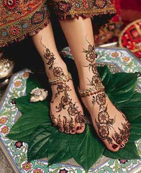 Beautiful Henna Art, Arabic Tradition