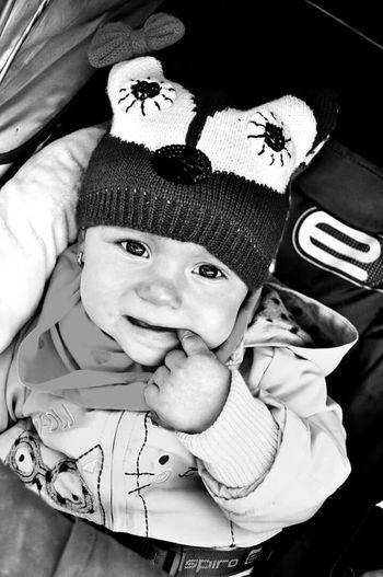 Babygirl Girl Bigeyes Sweet Baby Black & White Blackandwhite Children Photography Kidsphotography Babyphotography Babyphoto