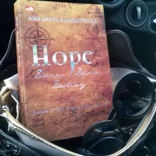 Hope Dream Desire Destiny Books ♥ Inda Car Thinking .  BORED! Bored Of Waiting Getting Inspired