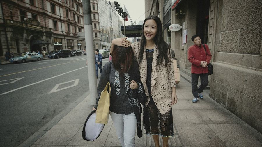 Hello World Streetphotography Relaxing BABYGHOST Enjoying Life Holiday Sunny Day Color Portrait Street Fashion Shanghai