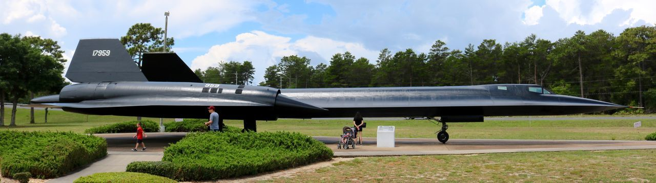 SR-71 Blackbird at the Air Force Armament Museum in Florida. May 2018. Olafur Engelby Olafur Engelby Florida Museum Military Airplane Aviation Blackbird SR-71 Blackbird SR71 Blackbird Sky Plant Mode Of Transportation Air Vehicle Tree Airplane Cloud - Sky Military Transportation Day Air Force Outdoors People