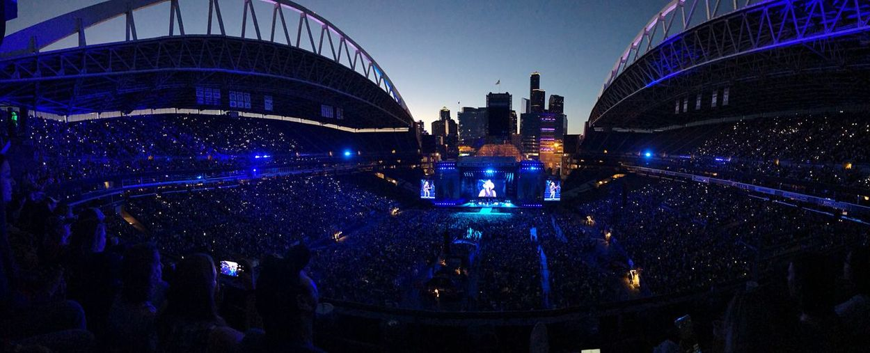 Centurylinkfield Seattle Stadium KennyChesney Concert Architecture Built Structure City Illuminated Building Crowd Dusk Blue Outdoors