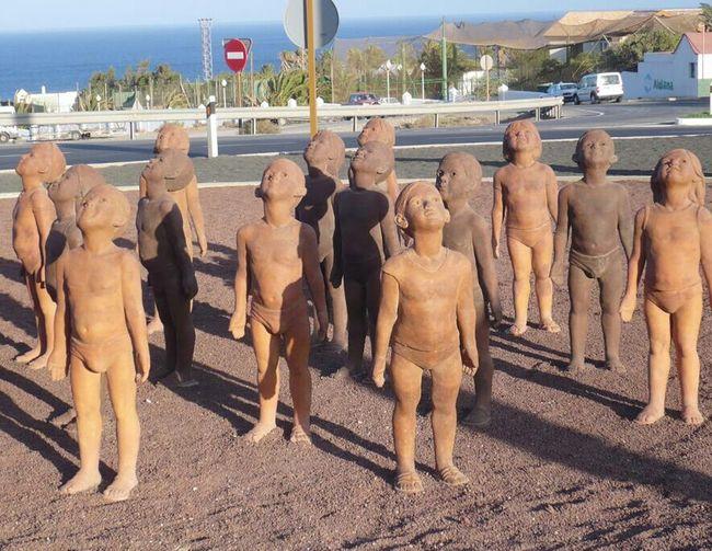 "Sculpture ""Caminos"" by Lisbet Fernández, in Morro Jable (Fuerteventura, Spain) Fuerteventura Sculpture Urbanism"