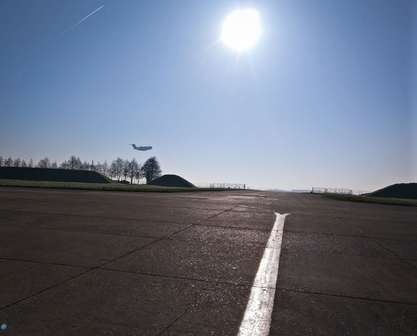 This morning Évreux french air force base... Sky Day Aircraft Airport AirForce ♥ Frenchairforce Outdoors Plane Lowpass Aeroport Avion Armeedelair A400MAtlas A400M