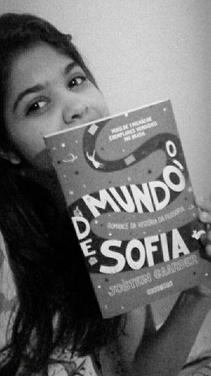 Livro perfeito *-* book perfect Books ♥ Omundodesofia Nigthpicture Edition Black And White Livro Do Dia My Face MyHOUSE Filosofando Philosophy