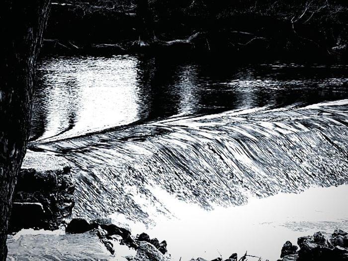 Relaxing Taking Photos Spring River Park Enjoying Life JustJennifer@TruthIsBeauty Things I Like TruthIsBeauty 💯 My World 🌍 TruthIsBeauty Photographic Art 🌷 Pieces Of Me Love Your World Free Spirit My Photographic Art Black And White Photography Love Art Smurfy