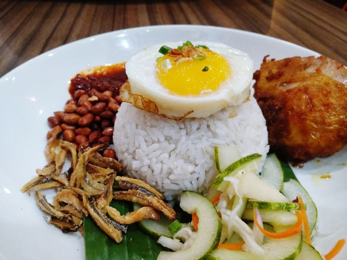 Malay traditional food Plate Food And Drink Food Ready-to-eat Healthy Eating Freshness Serving Size Egg No People Indulgence Indoors  Egg Yolk Meat Fried Egg Meal Appetizer Close-up Gourmet Day