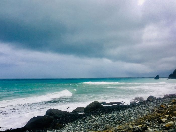 EyeEmNewHere Sea Horizon Over Water Water Sky Nature Cloud - Sky EyeEm Ready   Beauty In Nature Wave Beach Scenics Outdoors Day No People