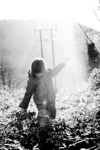 EyeEm Selects Lauraloophotography Sunrays Sunshine Walking Childhood Child Children Only One Person People One Boy Only Full Length Playing Happiness Outdoors Day