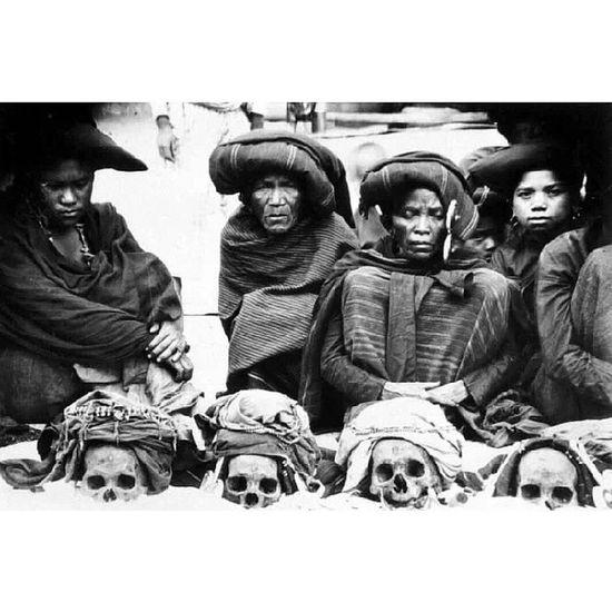 Bonapasogit, Batak  Sipelebegu Simber kitlv, Leiden, Belanda. NorthSumatra Tribes Ancestor pagan oldphoto indonesia instanusantara via @fdkllo