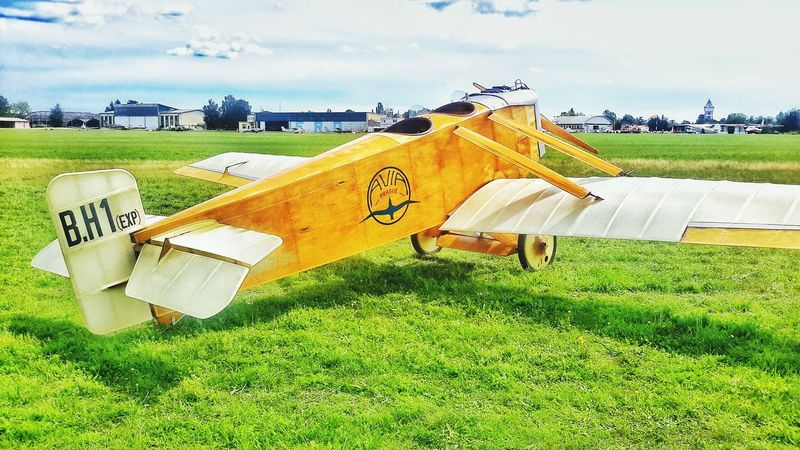 AirPlane ✈ Airshow Airplane Wing Airplaneporn Oldschool Veteran Architecture Plane Wooden Historical