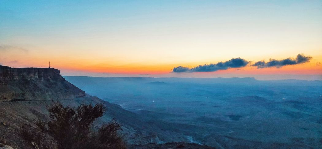 Sunrise at the crater Mountain Rocky Desert Crater Sunrise Early Morning Science Fiction Israel Clouds Sunset Sky Geology