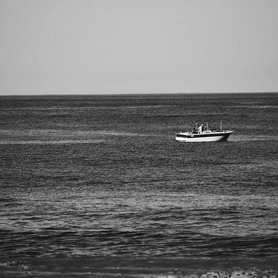 Beach Newjersey Summer Bnw Blackandwhite Bnw_globe Bnw_rose Bnw_photo Bnw_society Bnw_life Bnw_planet VSCO Vscophile Vscocam Manasquan Nikon D3300 Minimalism Minimalist Travel