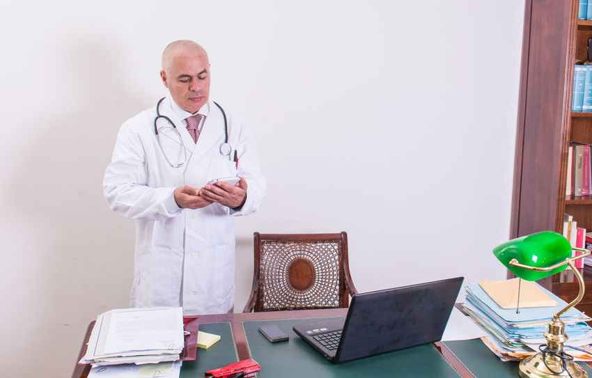 Desktop Doctor  Doctor's Office Doctors Office Doctors Strike DoctorsOffice Man Office Office Hours Bald Bald Head Bald Man Baldeneysee Baldhead Balding Baldness Desktop Pc Doctor Visit Doctors Appointment  Office View Office Block Office Life Office Supply Officelife Stetoscope