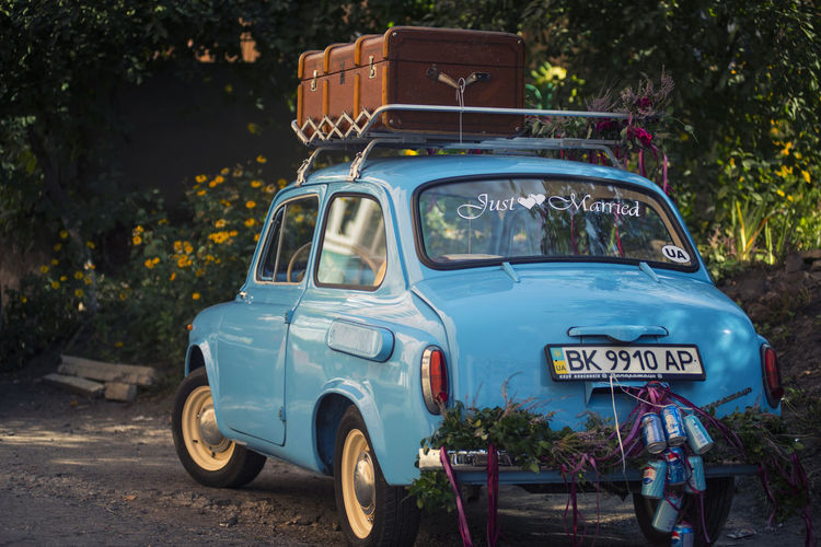Old mobile wedding car Transportation Mode Of Transportation Land Vehicle Car Just Married Old Mobile Old Car Ukraine Рівне / Rivne Motor Vehicle No People Day Wedding Wedding Photography Blue Car Old Mobiles запорожец Запор запорожець Zaz